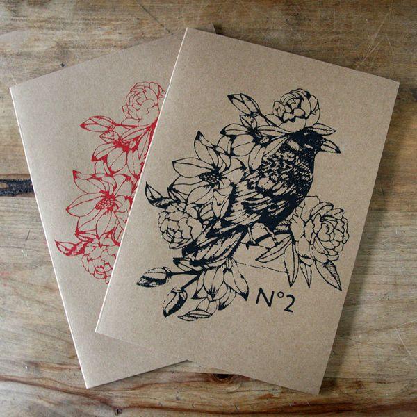 Cahier ligné A4 - Notebook A4 ligné Tatoo Corbeau Fleurs noir